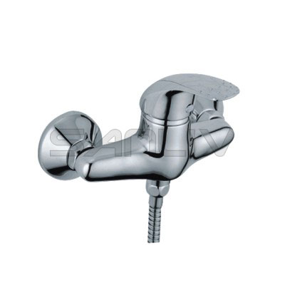 Single lever wall mount bathroom shower faucet 63105