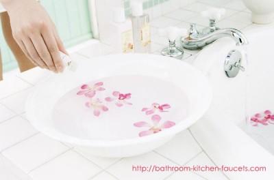 A Corner of Romatic Bathroom Theme