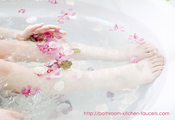 Sexy Girls enjoy Rose Bubble Bath in the bathroom.