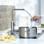 KLUDI L-INE telescopic pull-out kitchen faucet