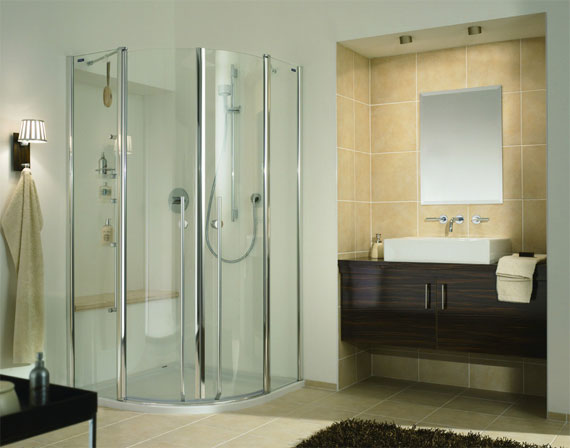shower-enclosures-in-small-bathroom